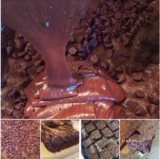 chocolate-chip-gooey-butter-cake.jpg