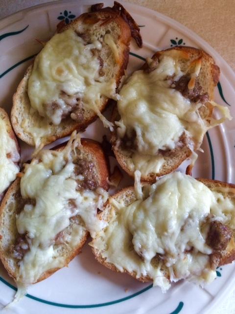 sausage-and-mozzarella-crostini-chew-this-blaise-doubman.jpg